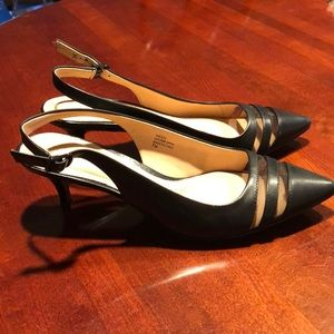 Brand new Ellen Tracy kitten heel sling back pumps